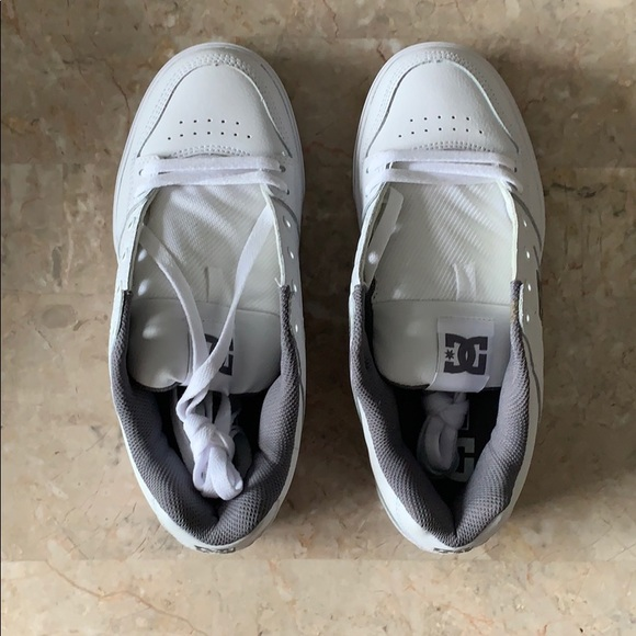 DC Other - NWT DC Skate shoes white